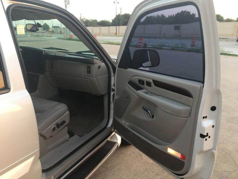 Cadillac Escalade 2004 price $5,900