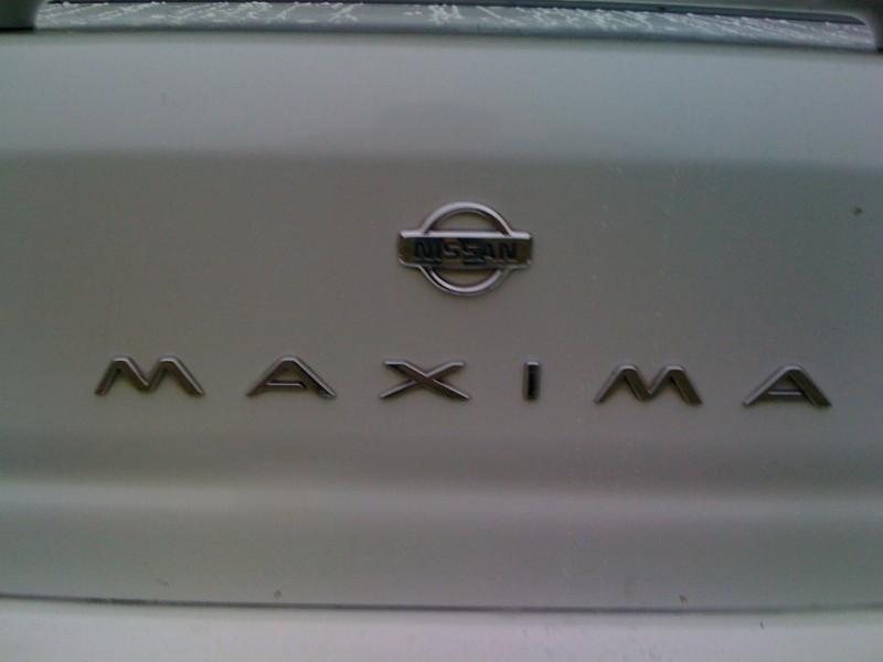 Nissan Maxima 1996 price $2,800