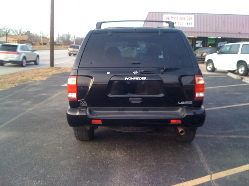 Nissan Pathfinder 2001 price $4,350