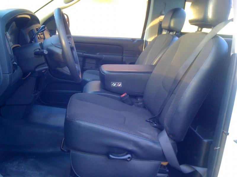 Dodge Ram 1500 2005 price $3,800
