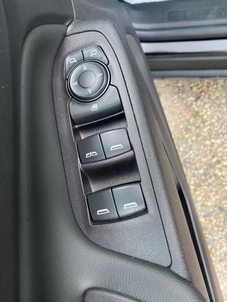 Chevrolet Equinox 2020 price $24,995