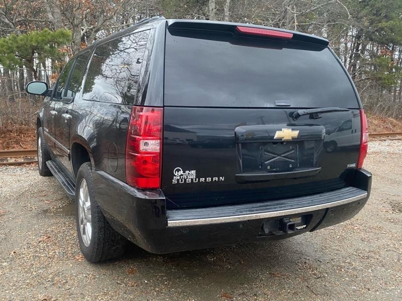 Chevrolet Suburban 2009 price $6,995