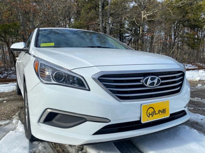 Hyundai Sonata 2016 price $10,995