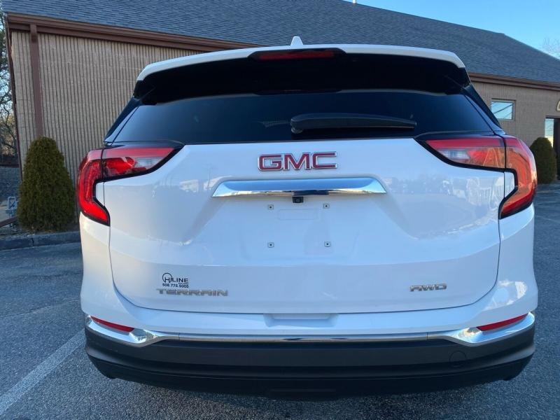 GMC Terrain 2020 price $24,995