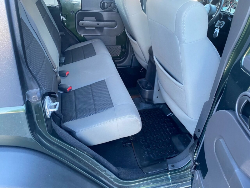 Jeep Wrangler Unlimited 2010 price $18,995
