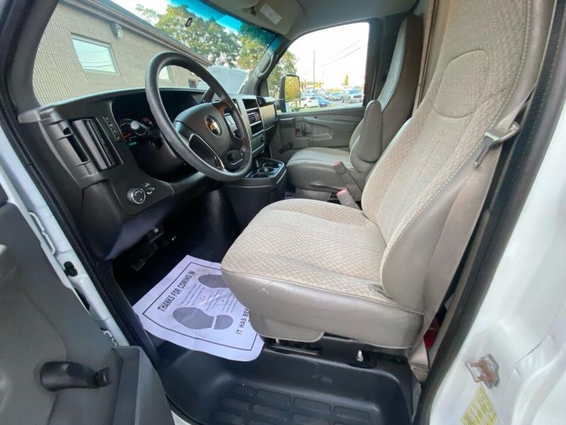 Chevrolet Express Cutaway 2014 price $15,995