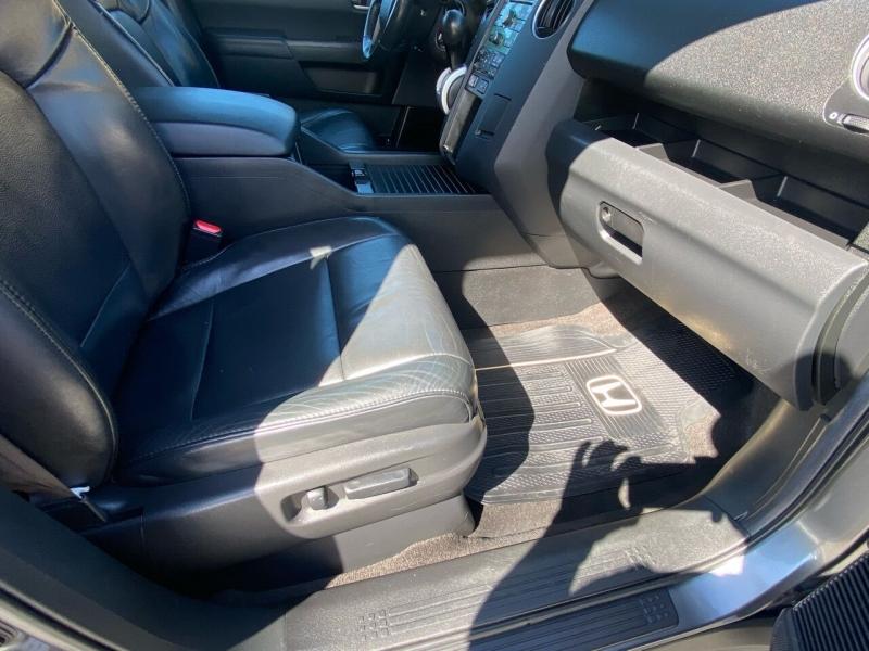 Honda Pilot 2011 price Call for Pricing.