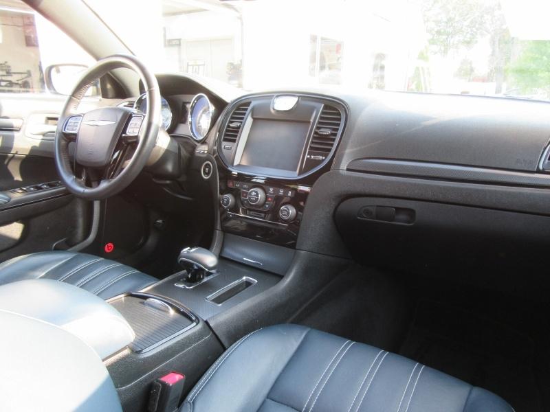 Chrysler 300 2014 price $12,995
