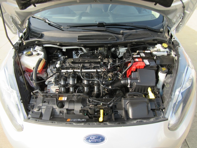 Ford Fiesta 2015 price $4,595