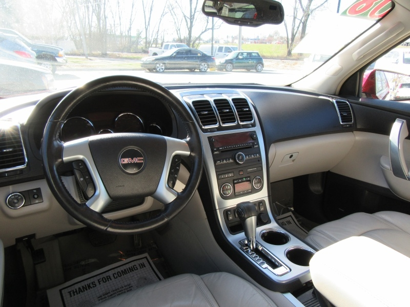 GMC Acadia 2008 price $7,595