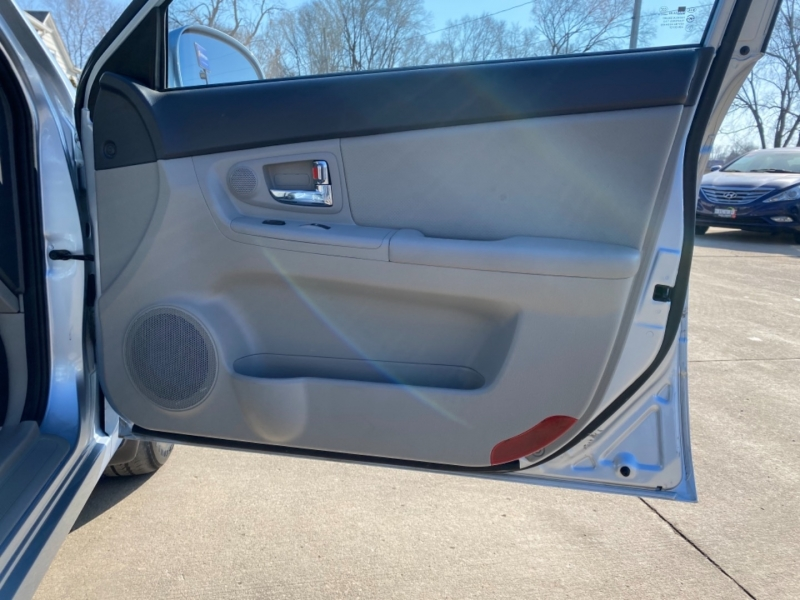 Kia Spectra 2008 price $4,595