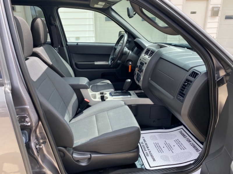Ford Escape 2012 price $5,995