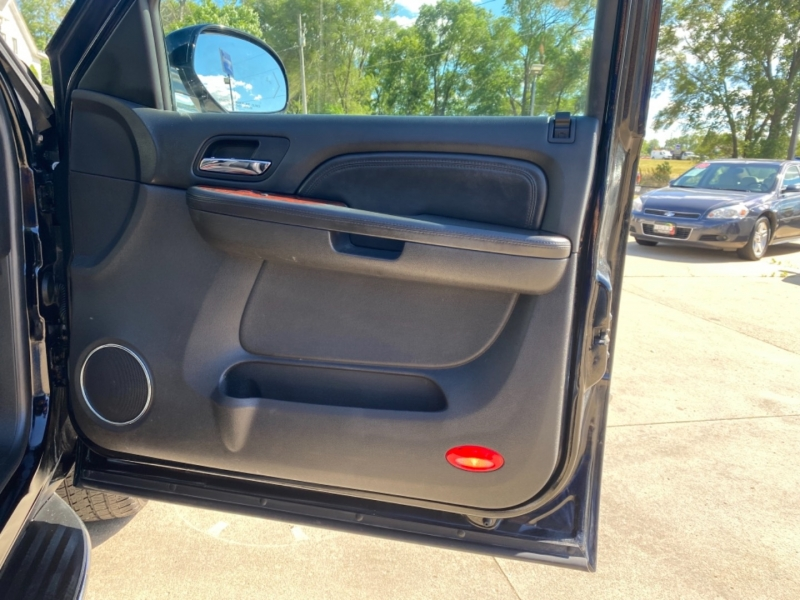 Cadillac Escalade 2009 price