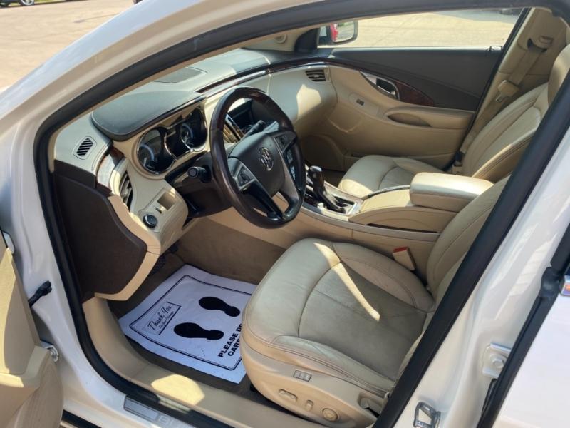 Buick LaCrosse 2011 price $7,595
