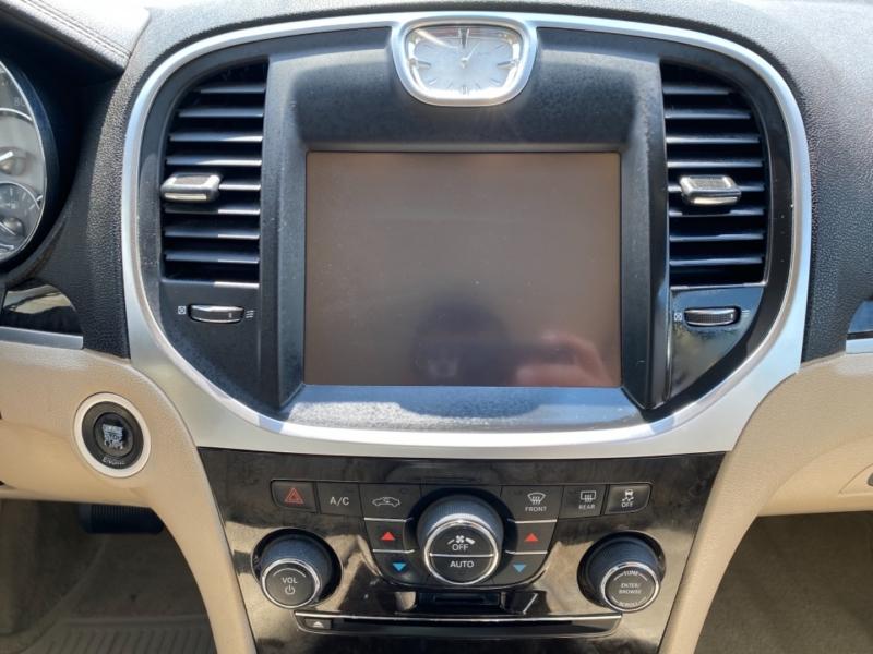 Chrysler 300 2011 price $9,995
