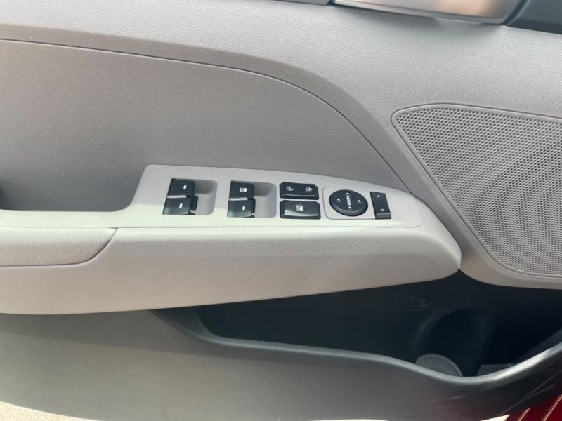 HYUNDAI ELANTRA 2019 price $16,900