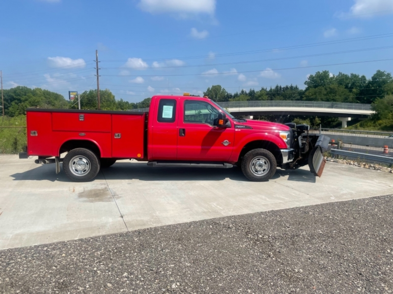 FORD F350 2015 price $35,900