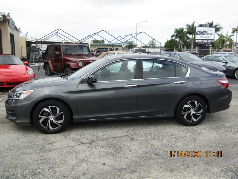 Honda Accord Sedan 2017 price $15,995