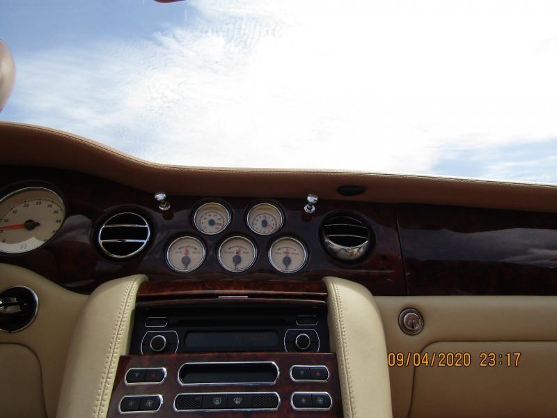 Bentley Azure 2009 price $93,500