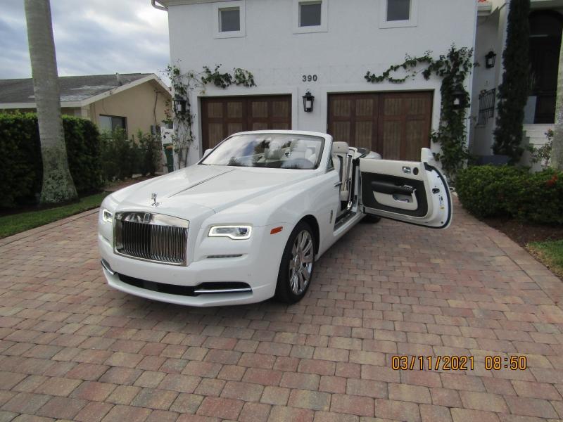 Rolls-Royce Dawn 2016 price $229,500
