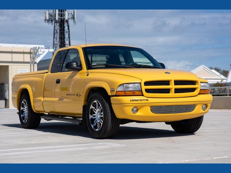 Dodge Dakota 1999 price $7,999