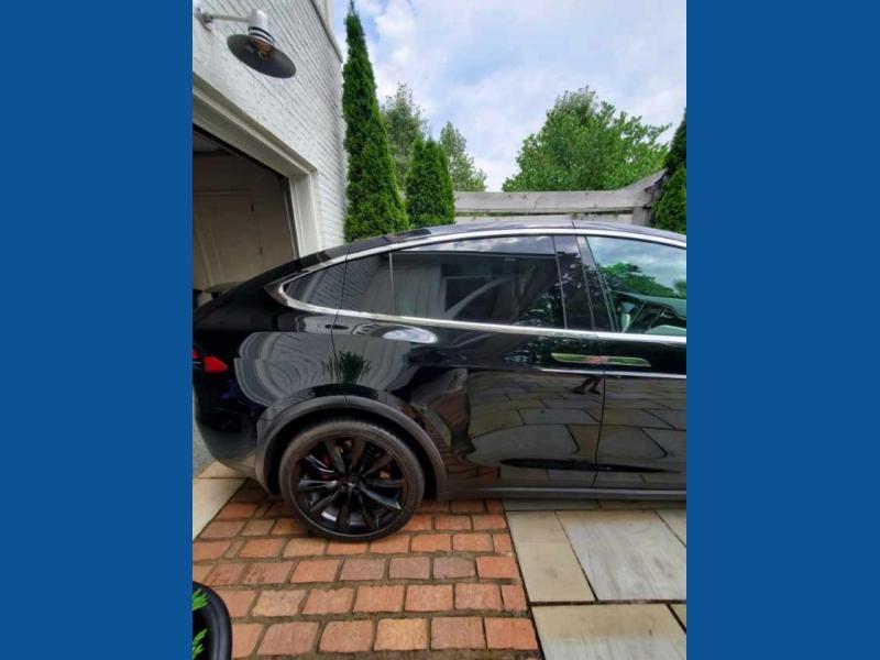 Tesla Model X 2016 price $65,900