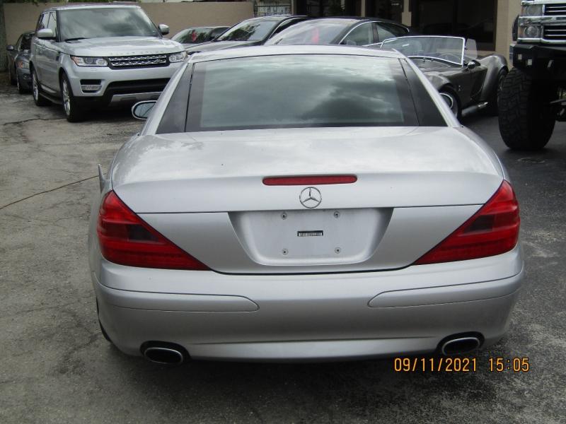 Mercedes-Benz SL-Class 2005 price $18,995