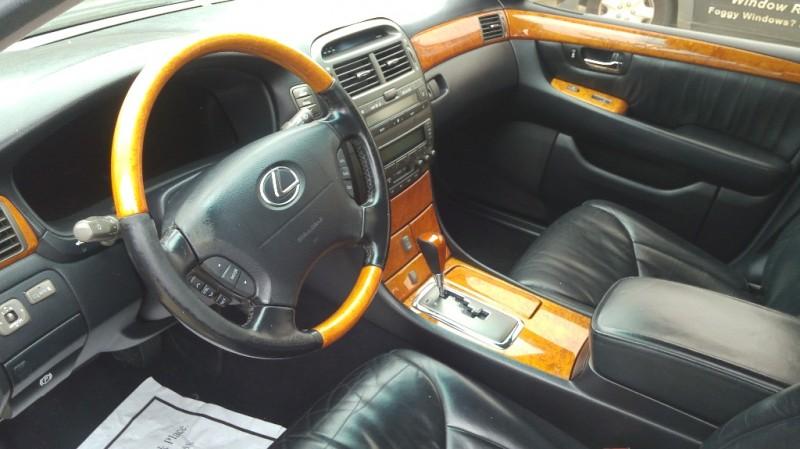 Lexus LS 430 2002 price $4,300