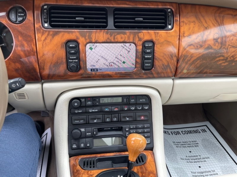 JAGUAR XK8 2001 price $7,995