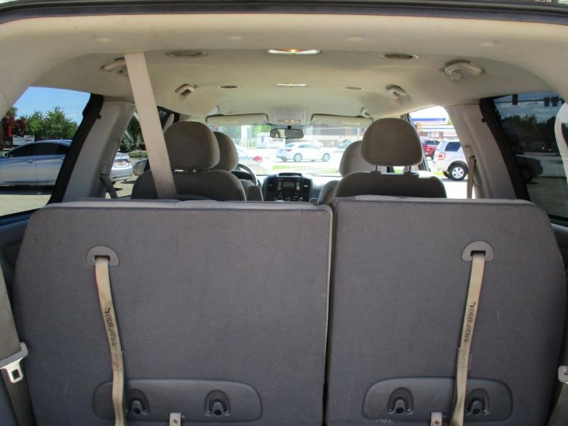 Kia Sedona 2012 price $5,395