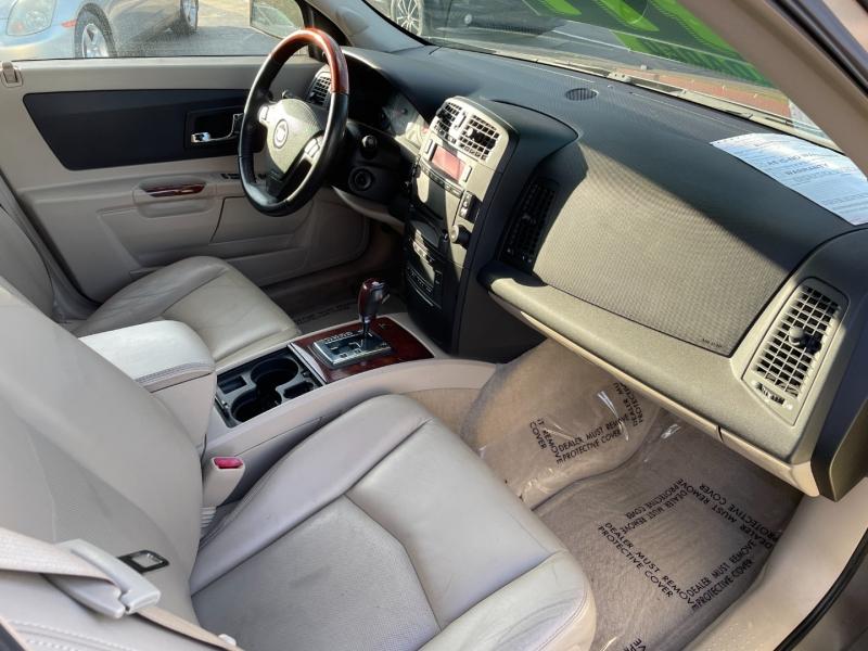 Cadillac SRX 2004 price $5,995
