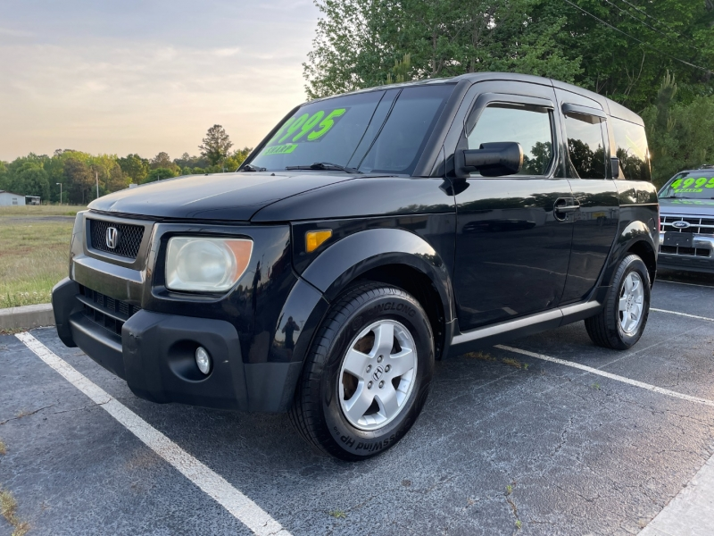 Honda Element 2006 price $3,995