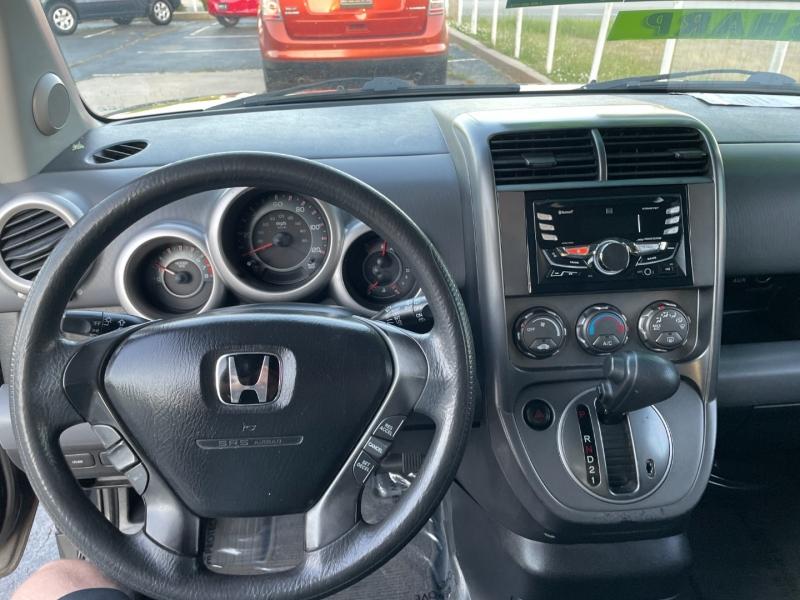 Honda Element 2006 price $3,995