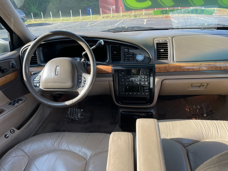 Lincoln Continental 2001 price $3,495