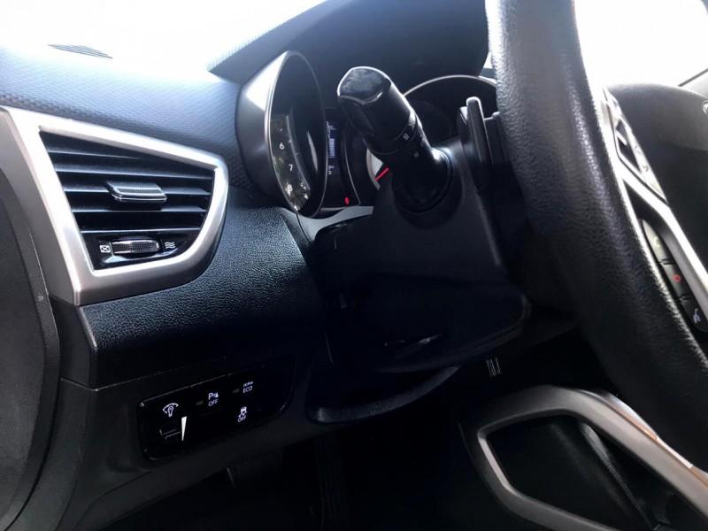 Hyundai Veloster 2016 price $12,888