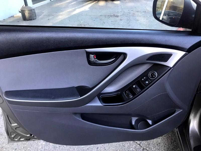 Hyundai Elantra 2014 price $10,888