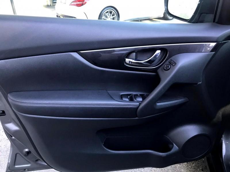 Nissan Rogue 2017 price $21,888