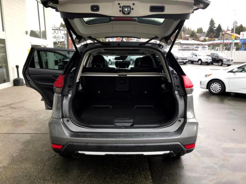 Nissan Rogue 2017 price $24,888