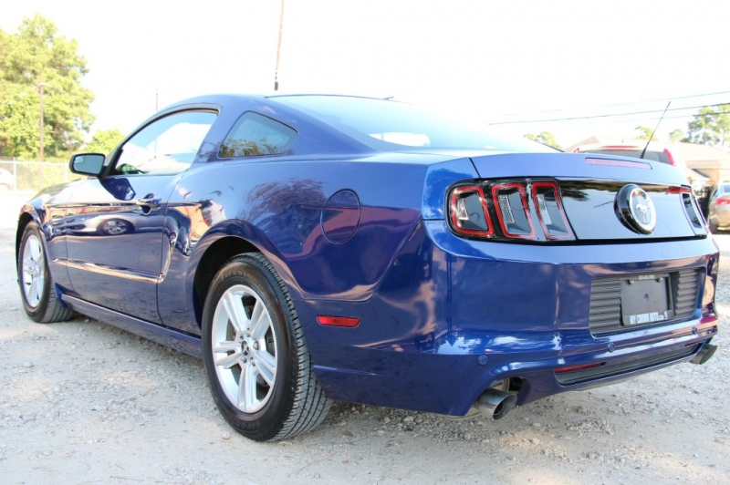 FORD MUSTANG 2014 price $16,499