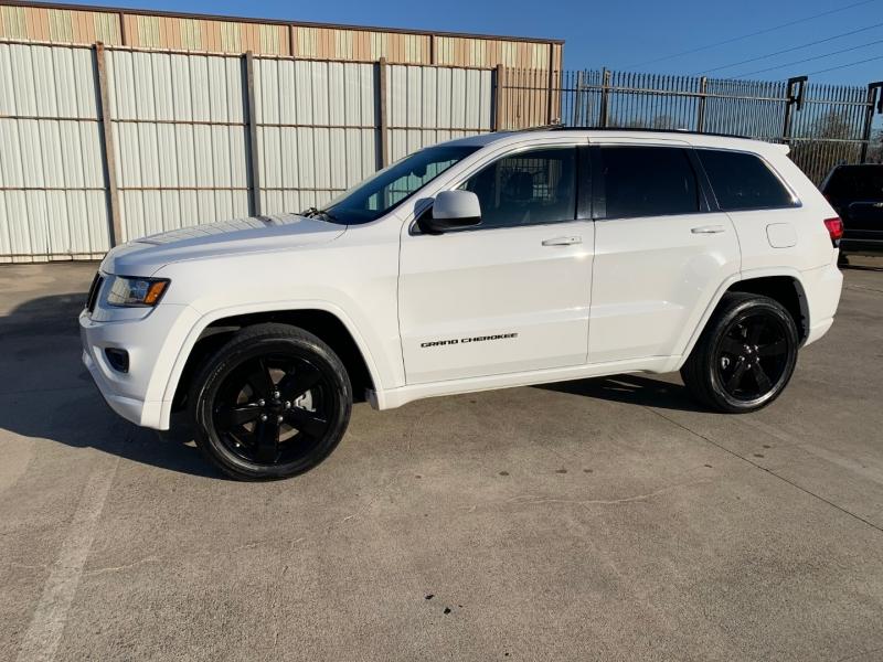 Jeep Grand Cherokee 2015 price $17,451