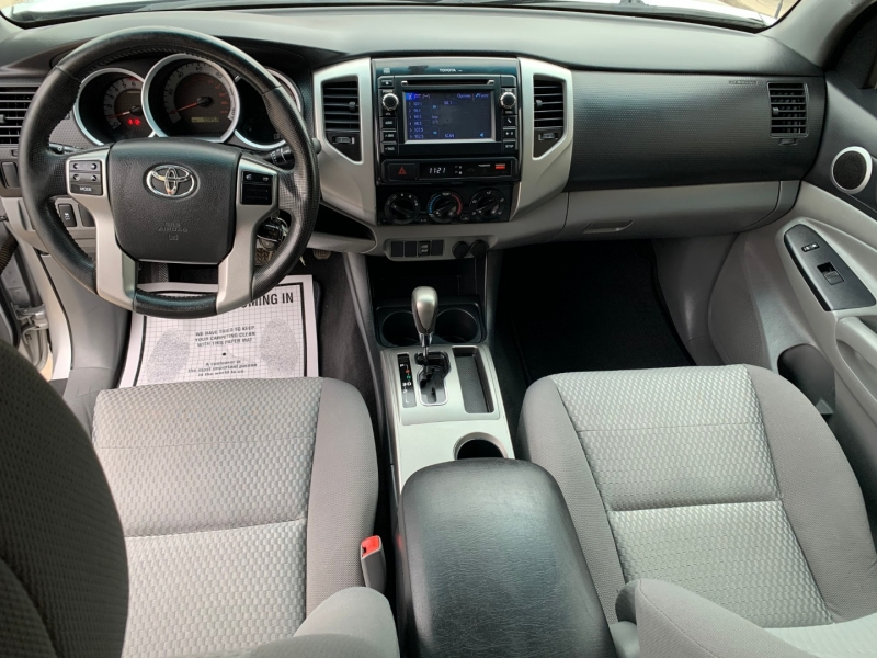 Toyota Tacoma 2013 price $17,981