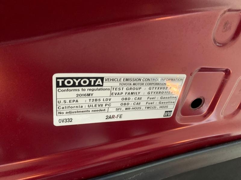 Toyota Camry 2016 price $14,981