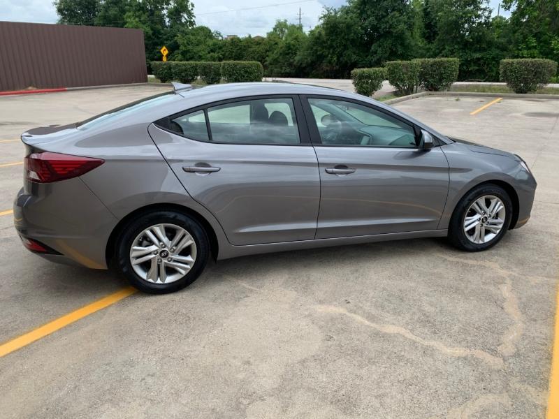 Hyundai Elantra 2020 price $18,498