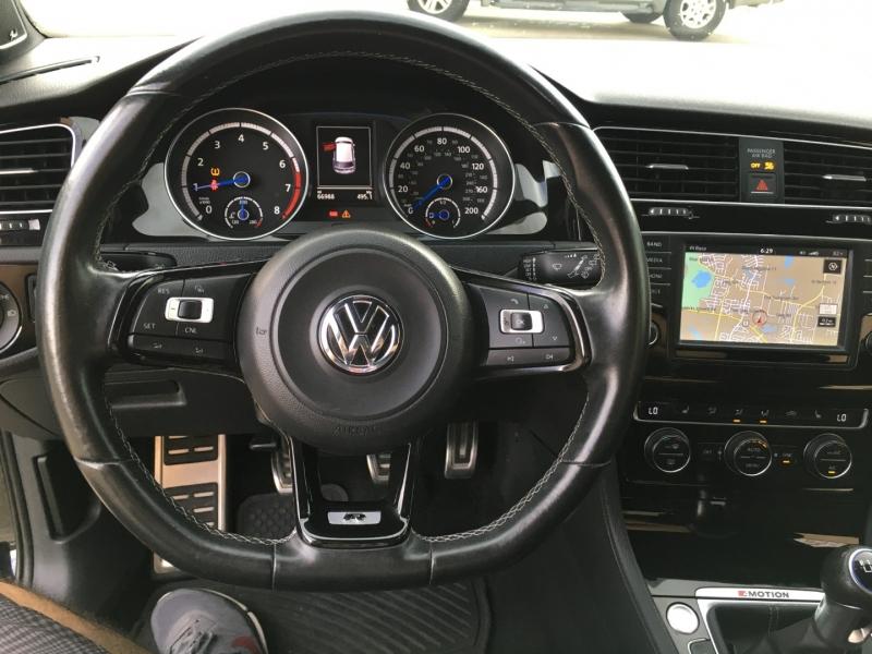 Volkswagen Golf R 2016 price $26,981