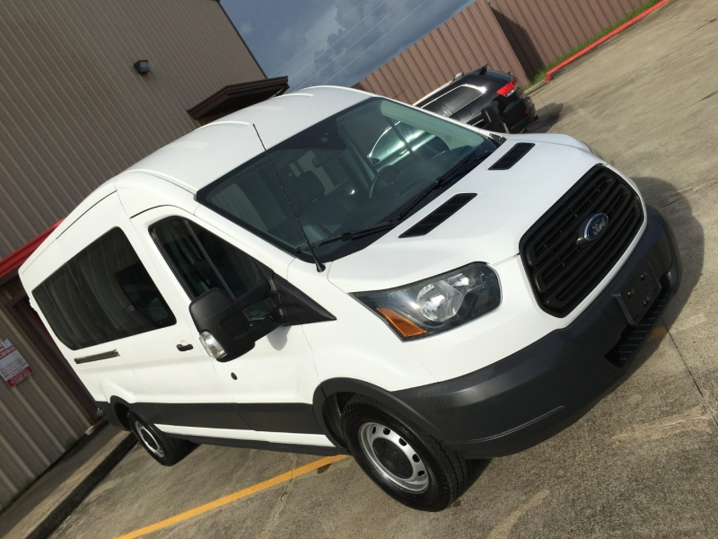 Ford Transit Wagon 2016 price $30,981
