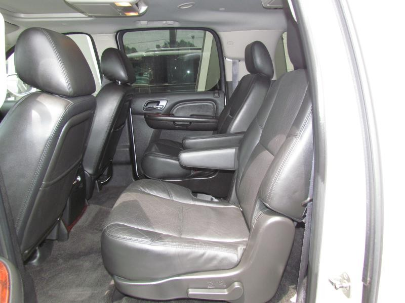 CADILLAC ESCALADE 2011 price $26,978