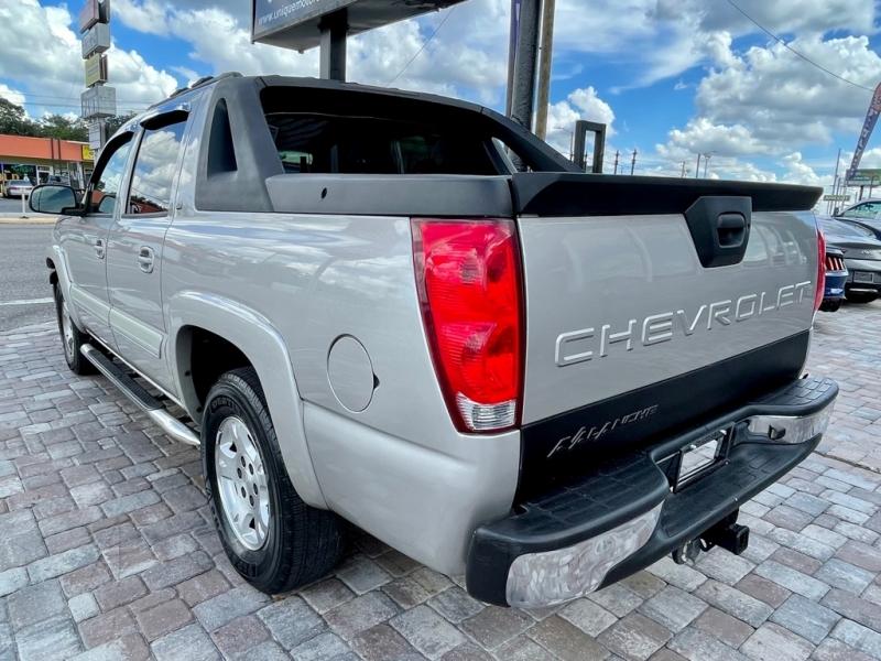 CHEVROLET AVALANCHE 2005 price $9,990