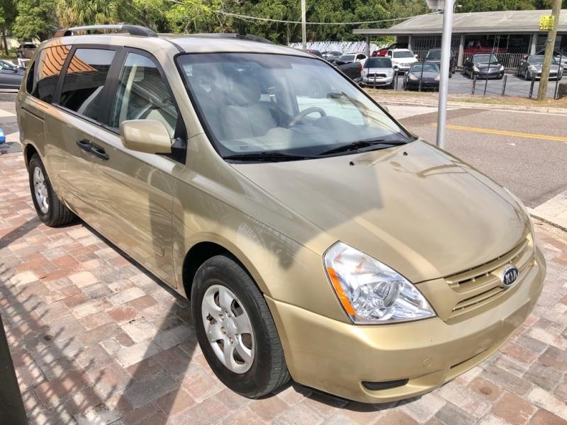 KIA SEDONA 2010 price $4,500