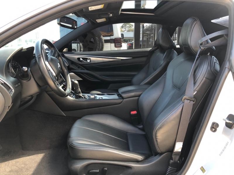 INFINITI Q60 2018 price $29,990