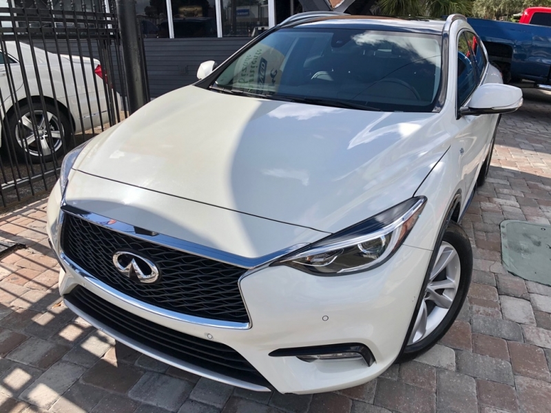 INFINITI QX30 2017 price $22,990